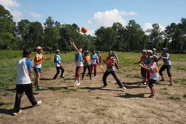 Trekking, netball and Goal in Pokhara, Nepal